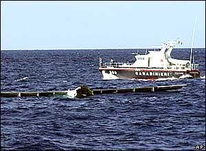 Пассажирский самолет упал у берегов Сицилии.