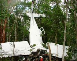 The crashed Cessna 208B Grand Caravan in Quintana Roo state, Mexico (Photo: Sipse.com)