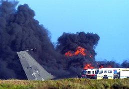 Boeing 707 tanker crashed on takeoff at Calif. air station