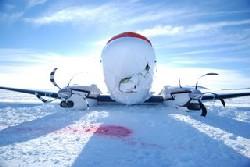 Plane Crashes in Antarctica, Scientists Safe