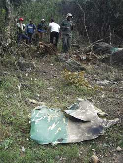 Sri Lanka Tiger rebel planes bomb base